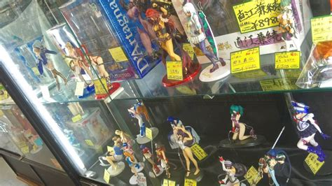 figure store anime figure shopping in japan japanese recycle thrift