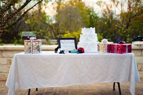 wedding gift table ideas everything wedding diy for the guests wedding gifts by