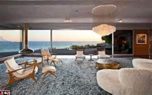 buy house malibu ellen degeneres sells malibu beach house for 13m just six months after buying it