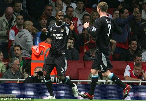 arsenal remembers arsenal 0 manchester city 2 match report laurent