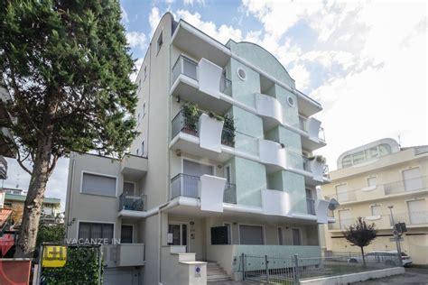 appartamenti a riccione in affitto per vacanze vacanze in aquilone appartamento per 6 persone a