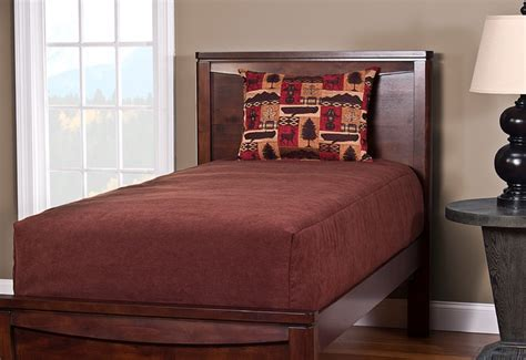 Contemporary Fitted Comforter For A Platform Bed