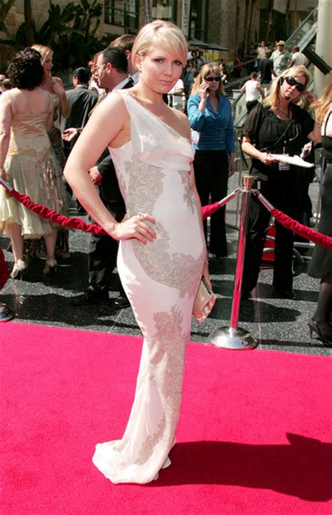 34th Annual Daytime Emmy Awards The Carpet the 34th annual daytime emmy awards arrivals zimbio