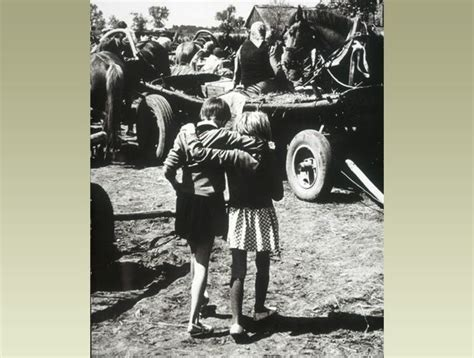 bbc primary history world war 2 wartime homes polish kids clothes polish children had to leave their