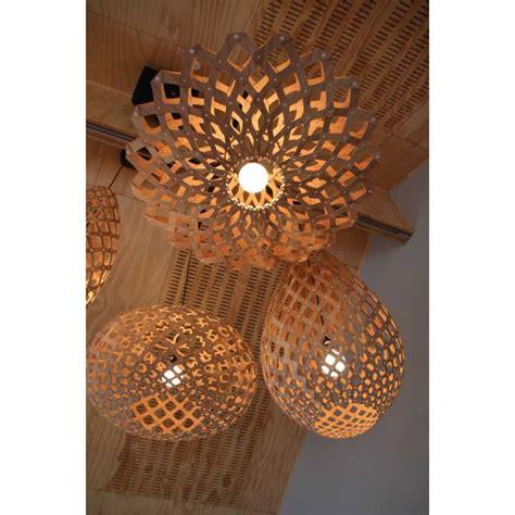 lustre en bambou supension flax bois de bambou naturel non trait 233 design responsable par david trubridge