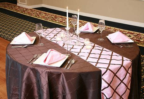 rental table linens big tent events table linen rentals chicago and suburbs
