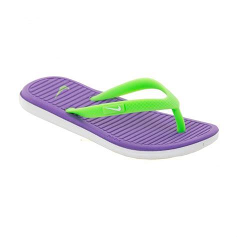 nike soft sandals nike juniors solar soft flip flops hyper grape