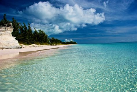 charter boat nassau to eleuthera rent a boat to explore bimini and the bahamas to enjoy