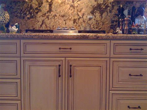 Cabinet Faux Finish by Faux Finish Walls In Kitchen Beforeafter Gallery
