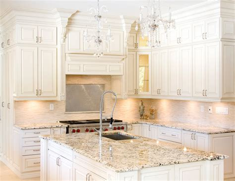 best granite for white cabinets best granite colors for cream cabinets savae org