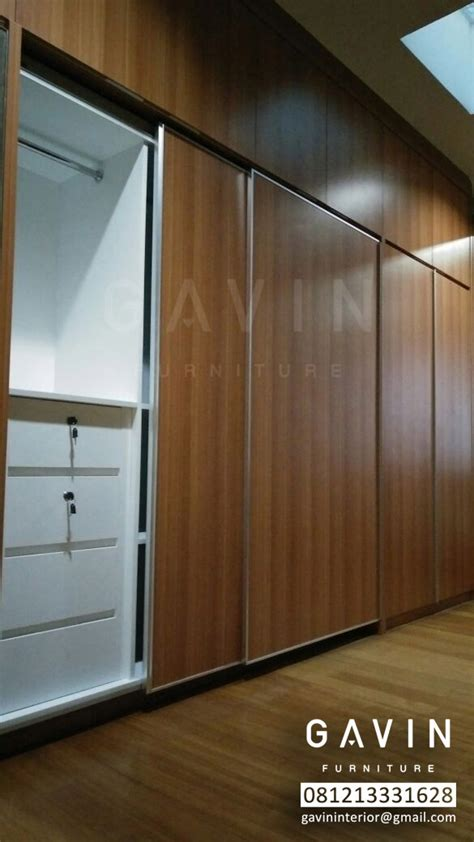 Lemari Pakaian Finishing Hpl lemari pakaian sliding 4 pintu kitchen set minimalis