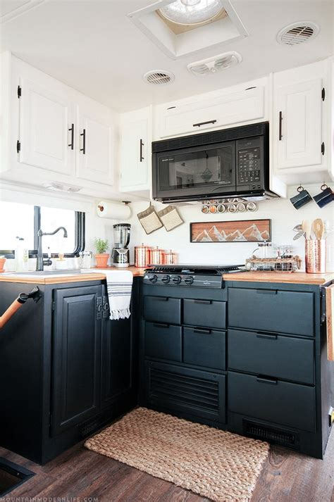Motorhome Cupboards - how to paint your rv kitchen cabinets and what not to do