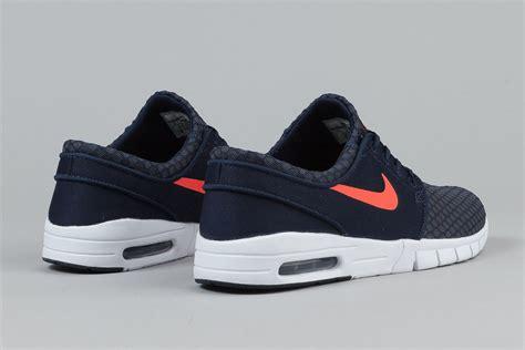 Sepatu Nike Stefan Janoski nike sb stefan janoski max obsidian lava sneaker bar