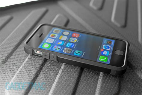 Iphone 5 5s Soft Spigen Rugged Capsule Grade Cover spigen tough armor iphone 5s review gadgetmac