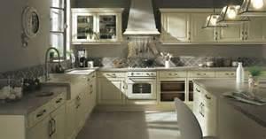 cuisine but kanella pas cher sur cuisine lareduc