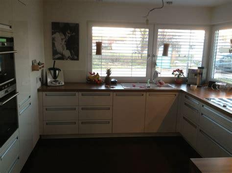 wandfliesen küche landhausstil wohnzimmer braun orange