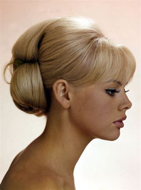bouffant wedding hairstyle hairstyles weekly 85 stunning bouffant updo hairstyles for this christmas