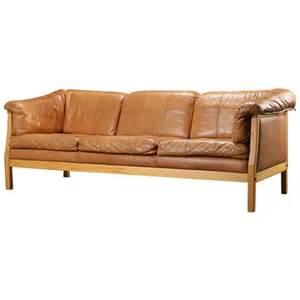 Caramel Leather Sofa Modern Caramel Leather Sofa At 1stdibs