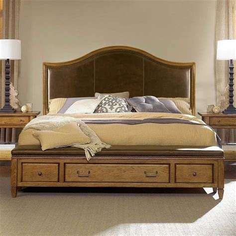 National Furniture Bedrooms American Drew 114 347 Americana Home Leather Top Storage Bench Footboard 6 6 Traditional