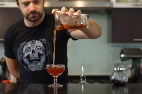 how to make a manhattan drink home bar project how to make a manhattan the drink nation