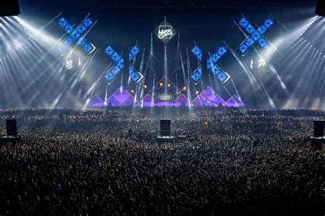martin garrix ziggo dome martin garrix drops new music at amsterdam music festival 2015