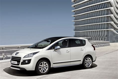 auto pezo peugeot preparing mid life facelift for 3008 crossover in