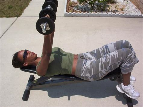 good weight for dumbbell bench press healthizen food boybuilding help club dumbbell bench press