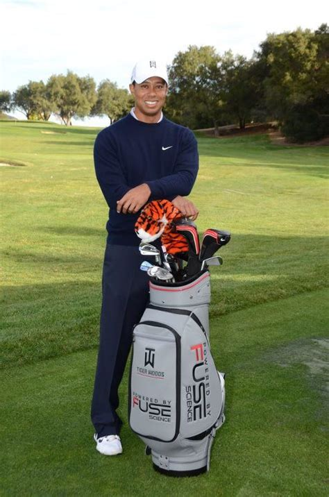 win  autographed tiger woods golf bag golfblogger golf