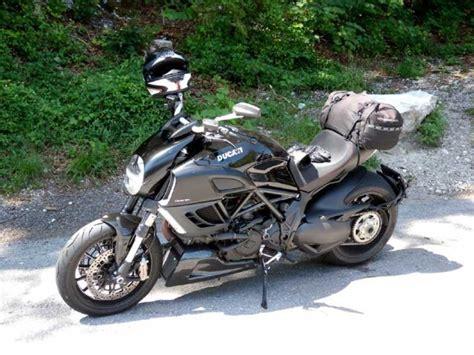 Motorrad Auspuff Testbericht by Ducati Diavel 1200 Abs Testbericht Auto Motor At