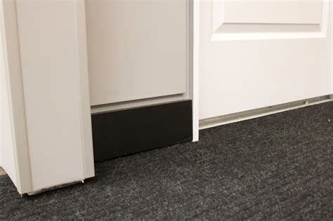 baseboard height 100 baseboard height baseboard trim height carpet