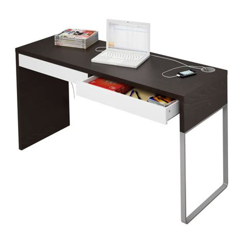 micke scrivania ikea the micke desk by henrik preutz