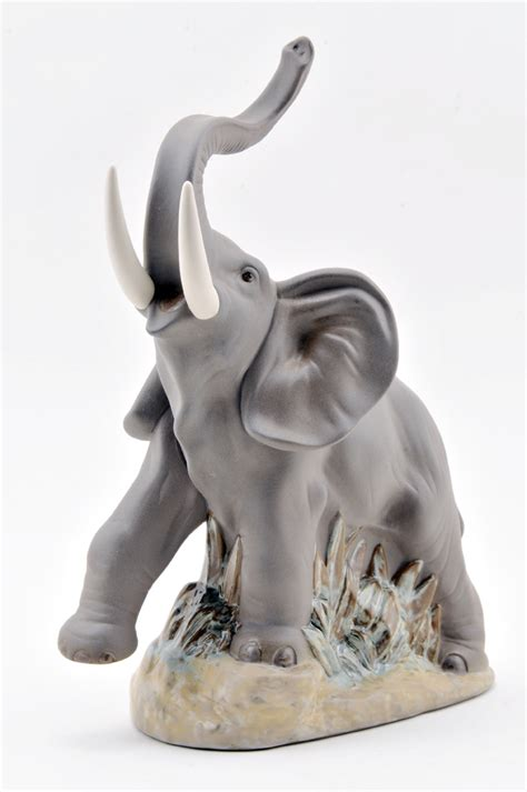 elephant figurines nao figurines by lladro elephant figurine at distinctive