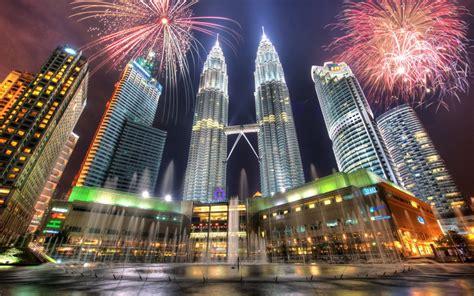 new year fireworks klcc kuala lumpur and genting tour malaysia tour kirty