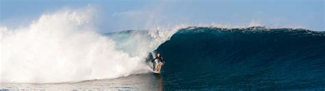 Surfing Site by New Caledonia Surf