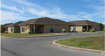 villas at henderson apartment homes rentals cleburne tx