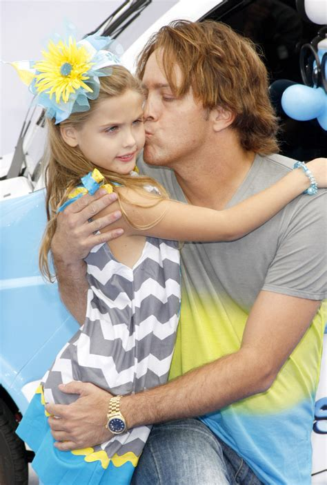 Larry Birkhead Finally Meets Dannielynn by Larry Birkhead Photos Photos At The Premiere Of