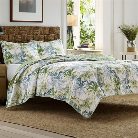 tommy bahama lighthouse quay quilt set from beddingstyle com