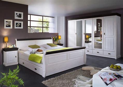 komplett schlafzimmer landhausstil schlafzimmer komplett schrank 5t 252 rig bett landhausstil