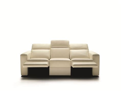 tipi di pelle per divani copridivani per divani in pelle consigli divani