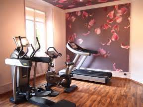 Decorating A Home Gym by Decorating A Workout Room In Your Home Room Decorating