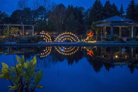 Glow At The Gardens Denver Botanic Gardens Garden Glow Botanical Gardens