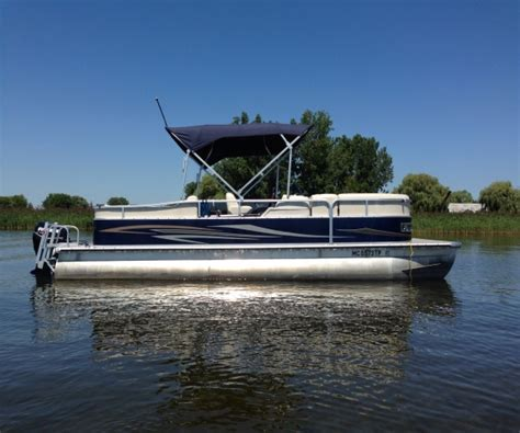 fishing boat for sale michigan pontoon boats for sale in michigan used pontoon boats