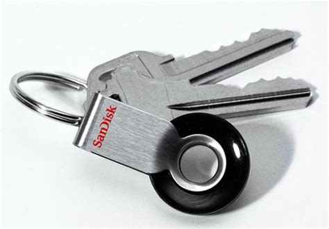 Sandisk Cruzer Orbit sandisk cruzer orbit runs circles around other flash drives technabob