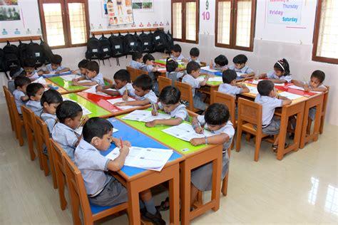 imagenes niños trabajando en la escuela thelathuruth rep 250 blica de la india fundaci 243 n siempre