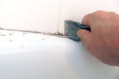what type of caulk to use around bathtub 301 moved permanently