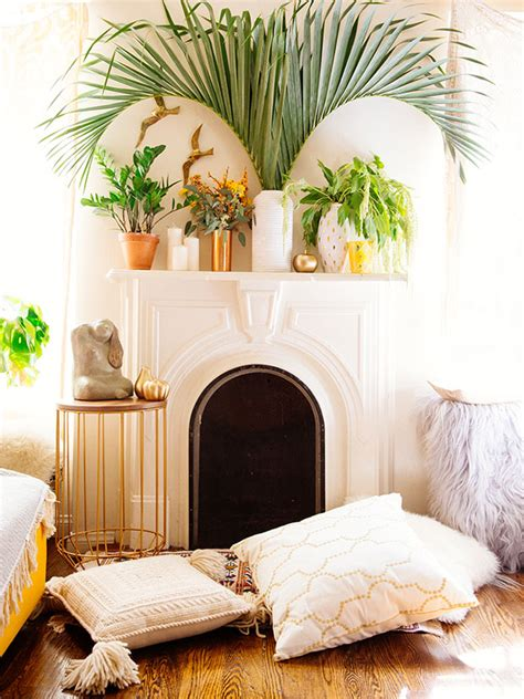 justina blakeney jungalow mantel styling tips the jungalowthe jungalow