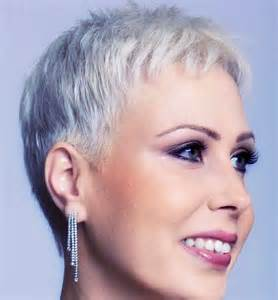 hair cut for a 53 812 best haircuts images on pinterest pixie haircuts