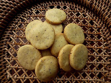fiori di finocchio aaa accademia affamati affannati biscotti salati ai fiori