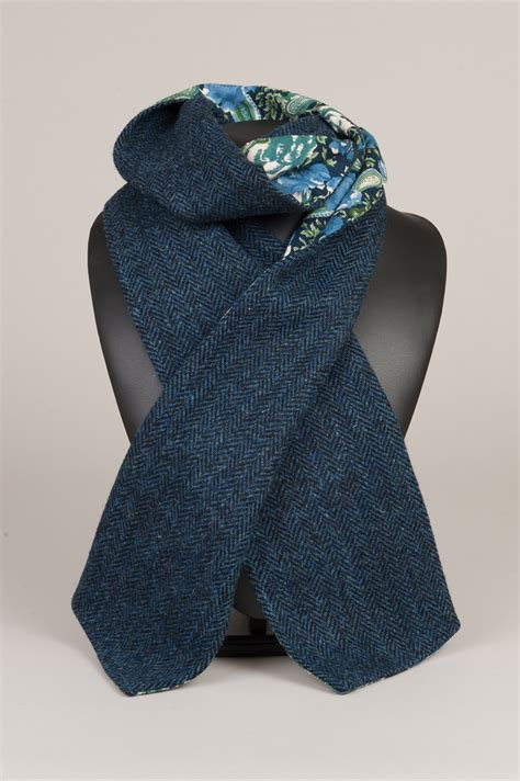 harris tweed scarf navy floral dunmore scotland
