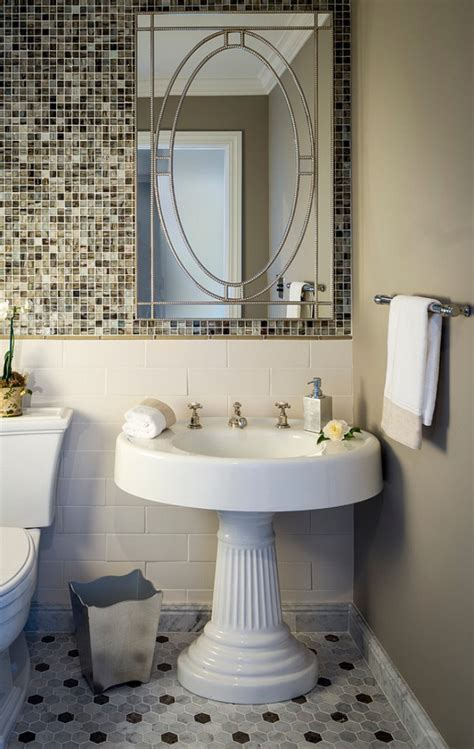 20 Stylish Bathrooms With Pedestal Sinks